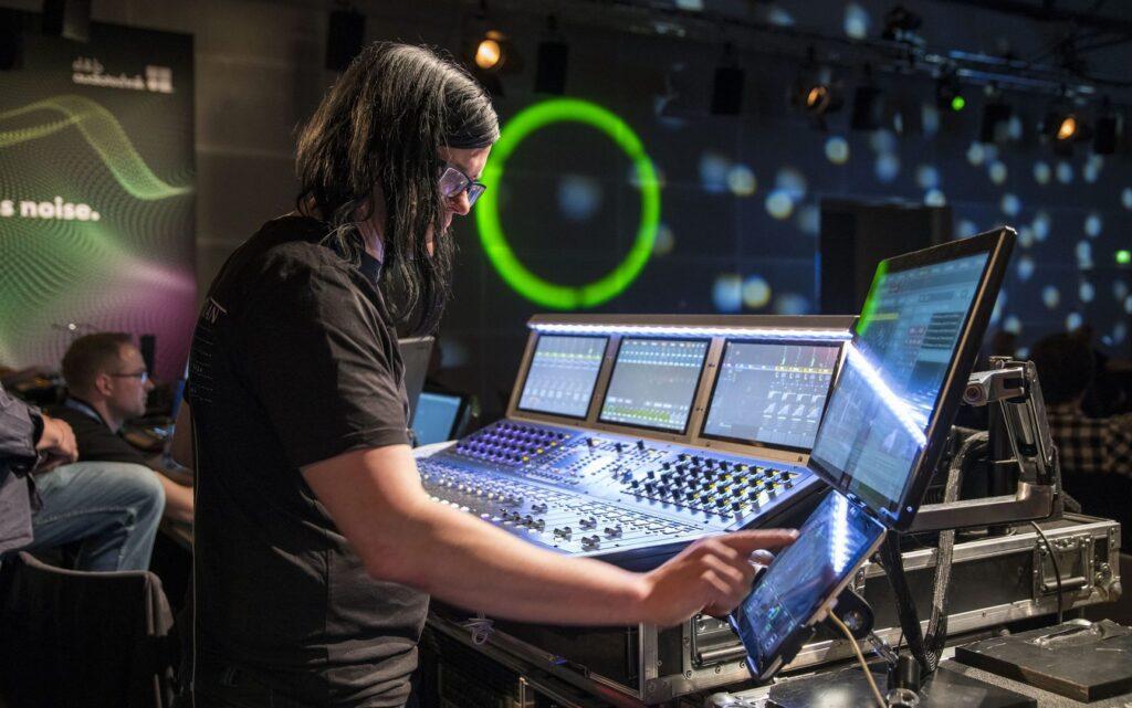 Soundscape – интеграция в консоли AVID, DiGiCo и LAWO